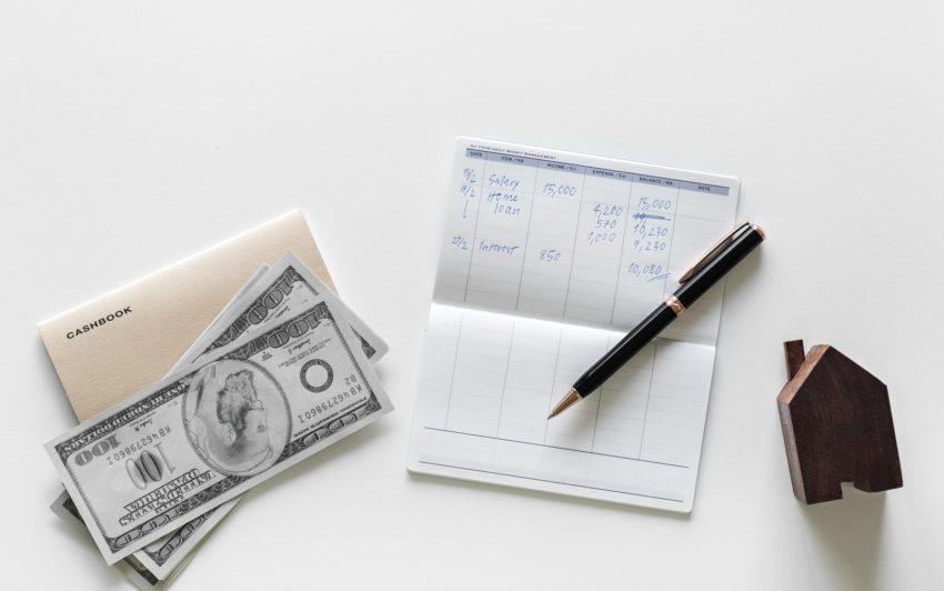 銀行印は縦横どっちが多い?絶対やってはいけない誤った選び方